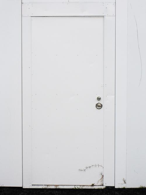 white_door_5.jpg