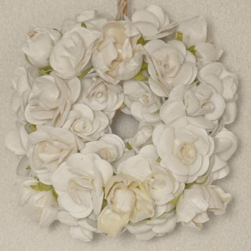 wreath_white.jpg