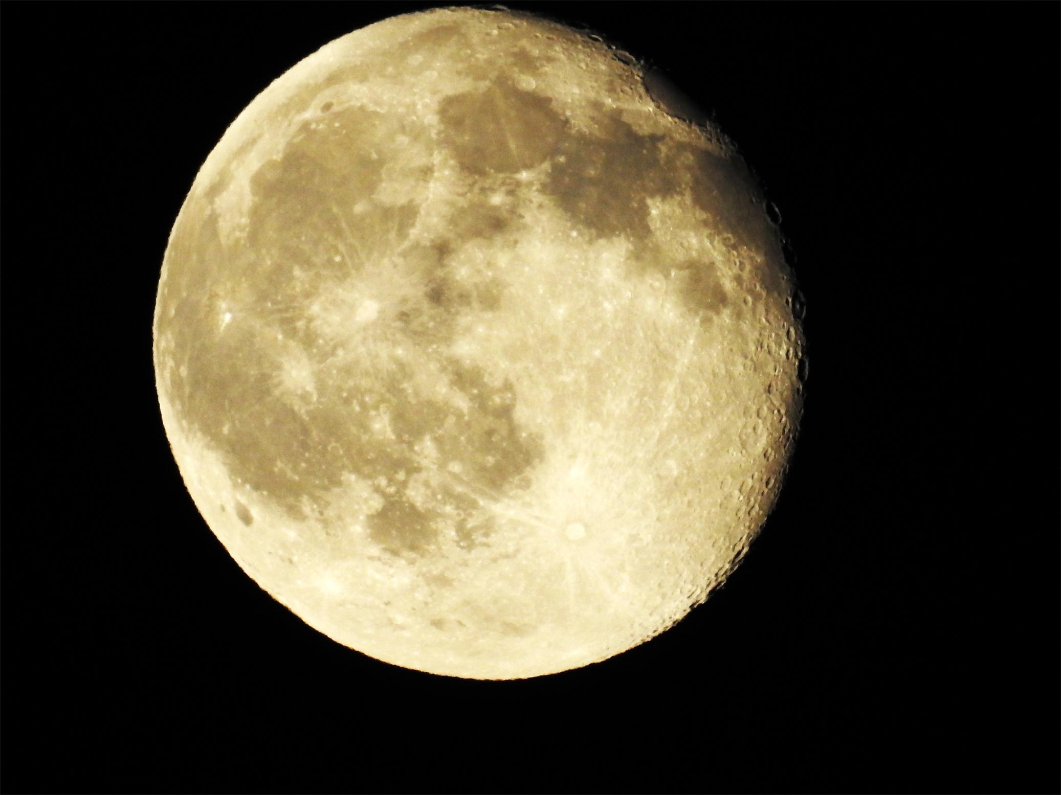 moon 000