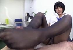 ショートカット痴女JKのむちむち黒パンスト!阿部乃みく