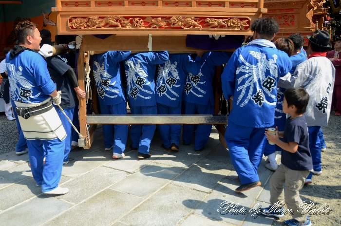 西泉だんじり(屋台) 祭り装束 石岡神社祭礼