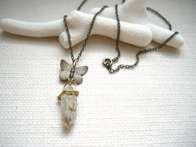 raw chrystal necklace