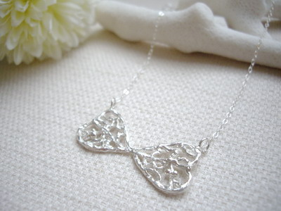 lacy heart necklace