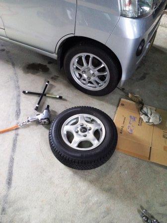 タイヤ交換151129a