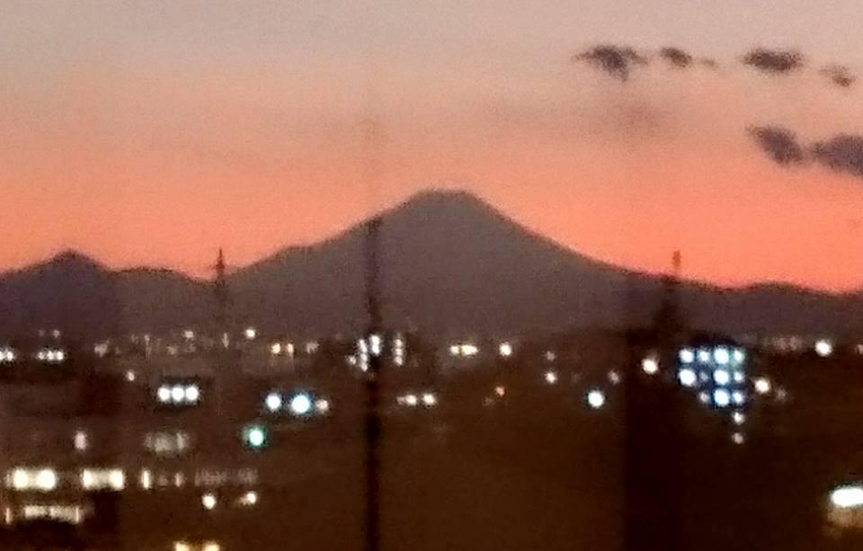 【ホテルから富士山🗻が】-2