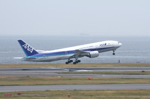 JA714A_羽田