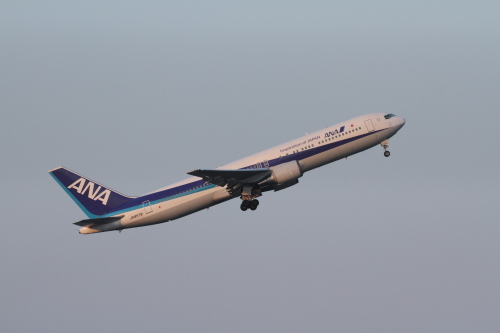 JA8579_羽田