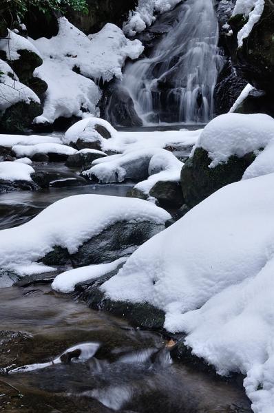 1白糸の滝16.01.27