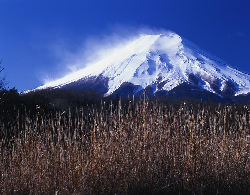 雪煙の富士01