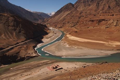 Tse karmo and zanskar river winter (2)_R
