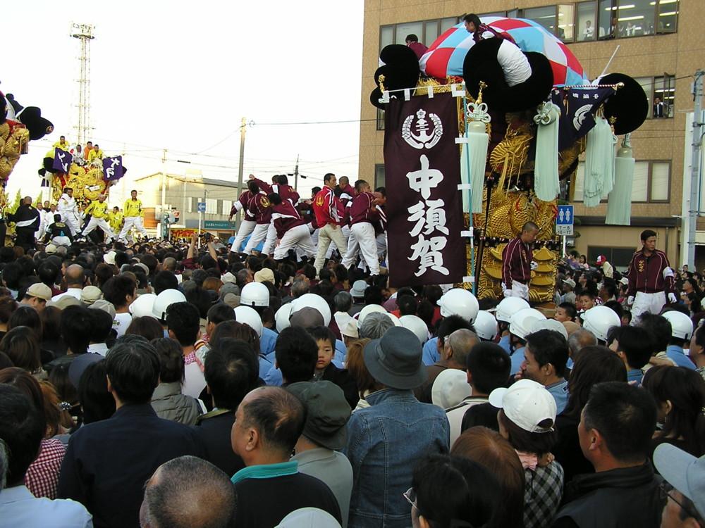 中須賀が大江太鼓台に喧嘩を仕掛ける