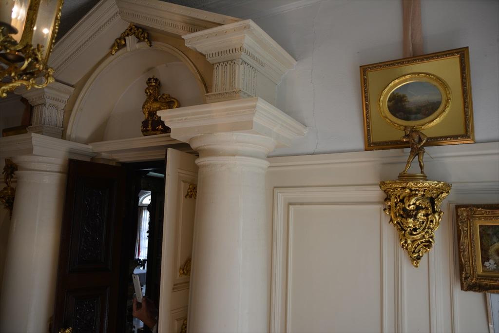 外観と装飾美術館1階部分_3