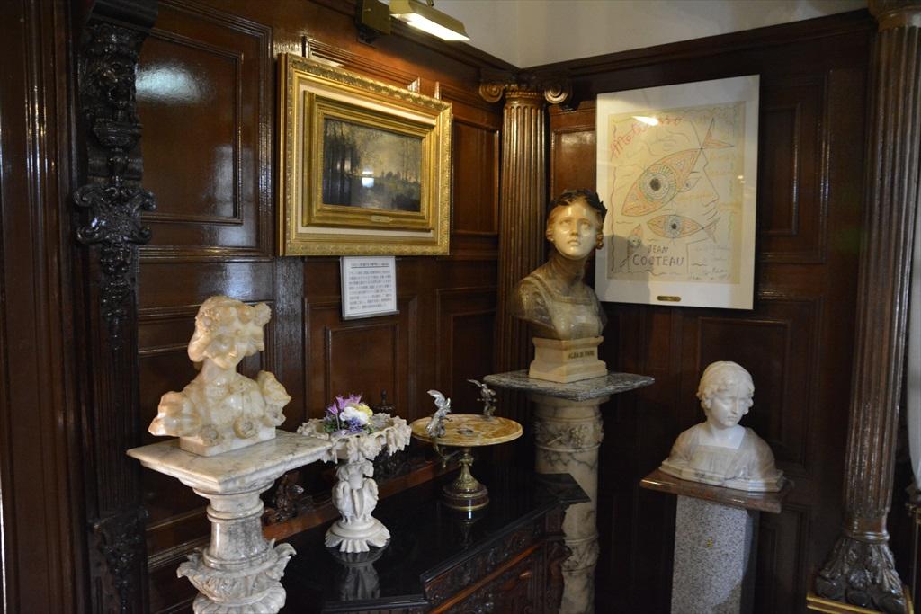 外観と装飾美術館1階部分_7