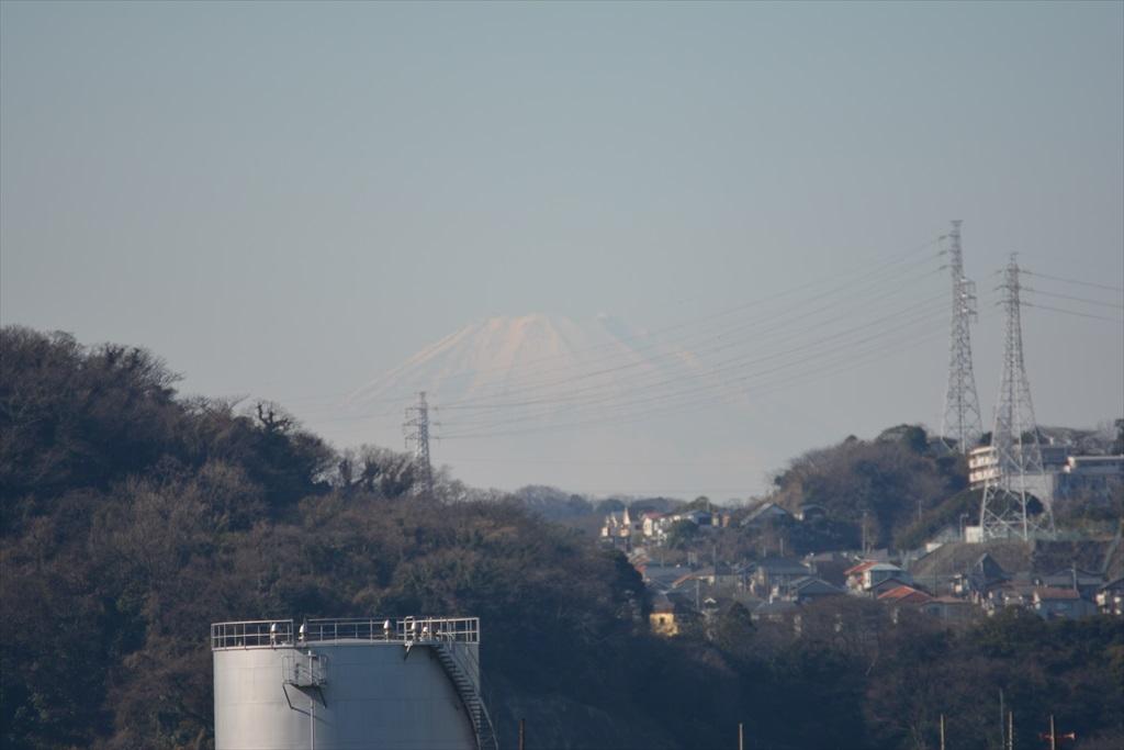 西北西方向には富士山も