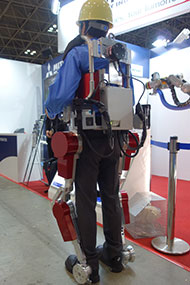 iREX2015_Mistubishi_power-assist_image1.jpg
