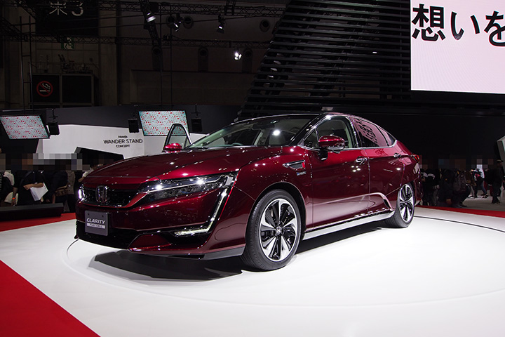 20151208_tms2015_honda_clarity_fuel_cell-01.jpg