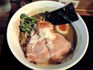 JUNK STORY 煮干と鶏のガチ味噌ラーメン