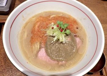 麺と心 7 濃厚 蟹そば
