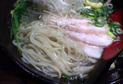 NAMBA 龍旗信RIZE 鶏塩ねぎそば(麺のアップ)