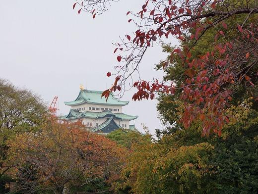 151117名古屋城東門から