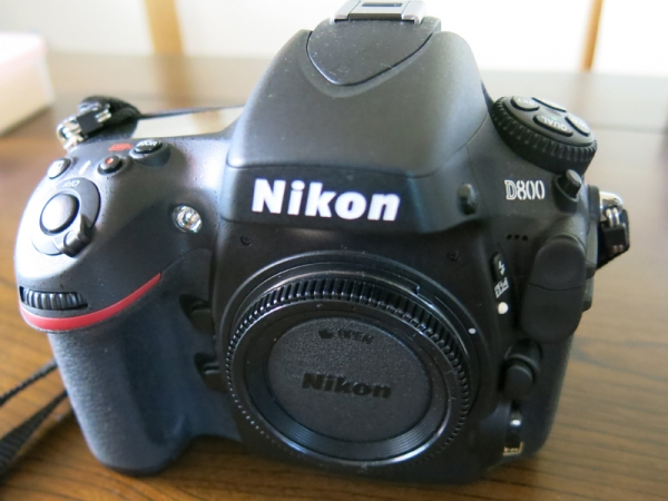 ニコンD800