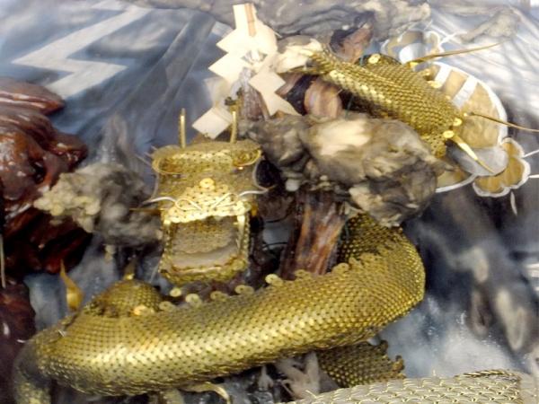 五円玉の龍