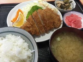 味菜 カツ定食