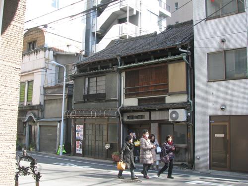 上野から谷中を歩く… 旧東京音楽学校奏楽堂、東京芸大赤レンガ館!