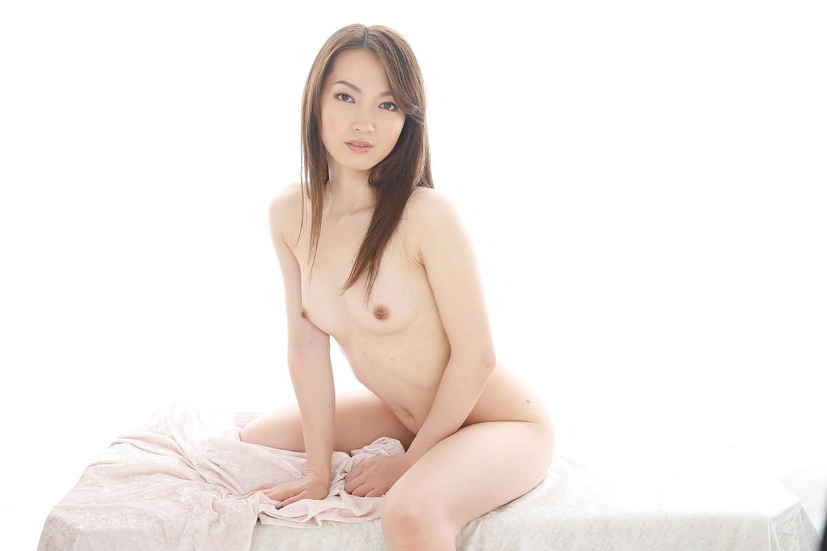【No.25225】 Nude / 葉山瞳