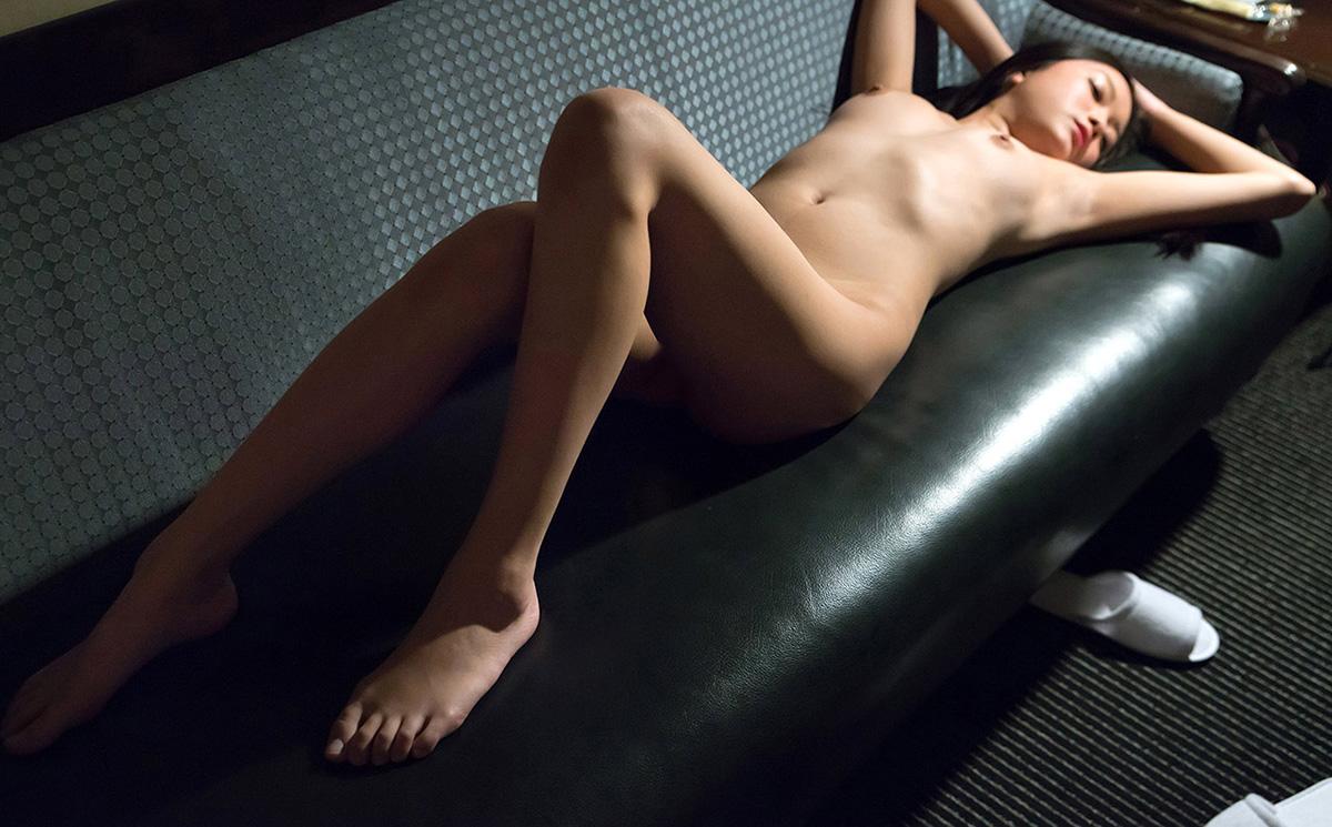 【No.25433】 Nude / 白石悠