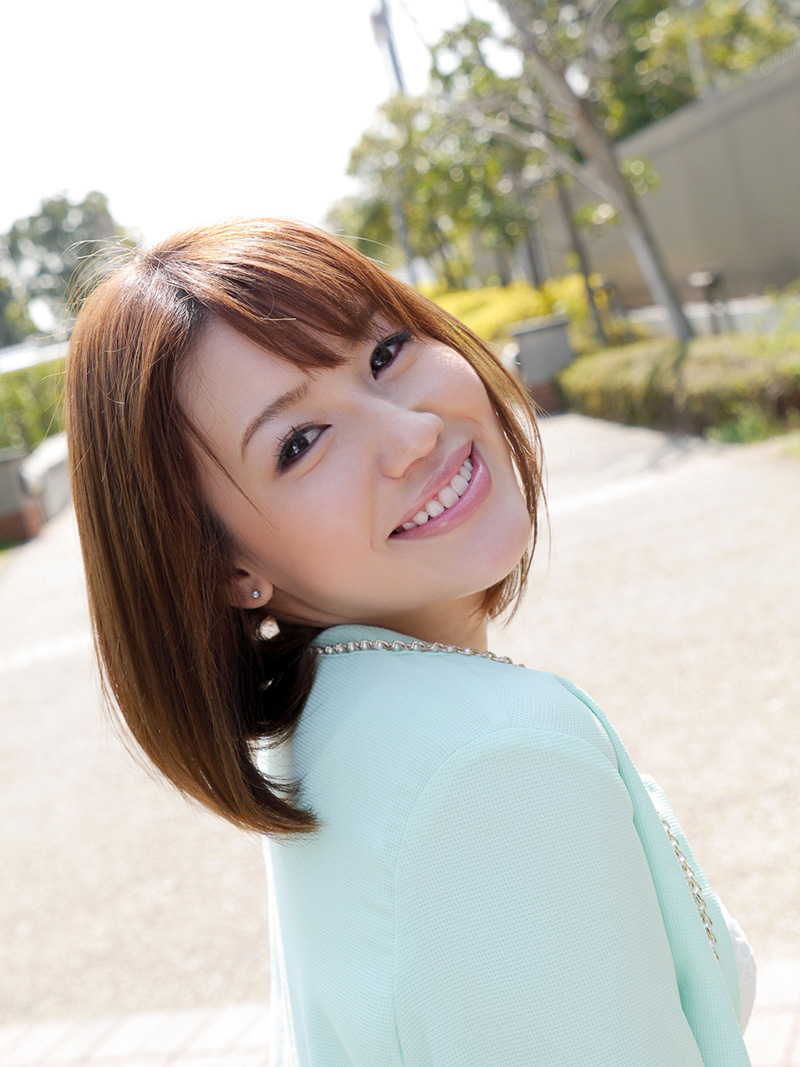 【No.26004】 綺麗なお姉さん / 本田莉子