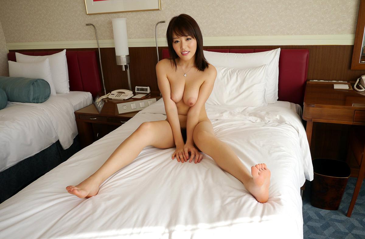 【No.26137】 オールヌード / 浜崎真緒