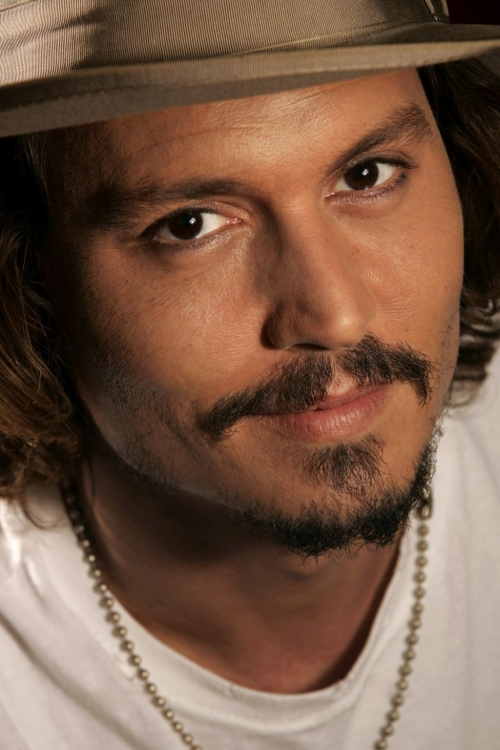Johnny-Depp-johnny-depp-34128752-1024-1536.jpg