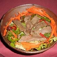 タイ風牛肉入りサラダ①
