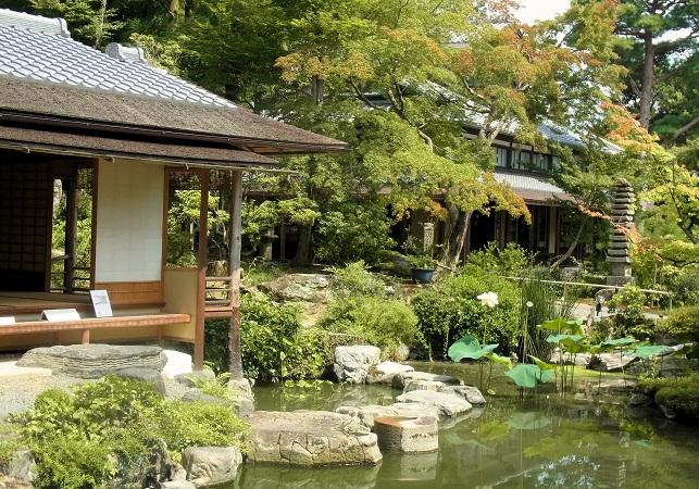白沙村荘庭園