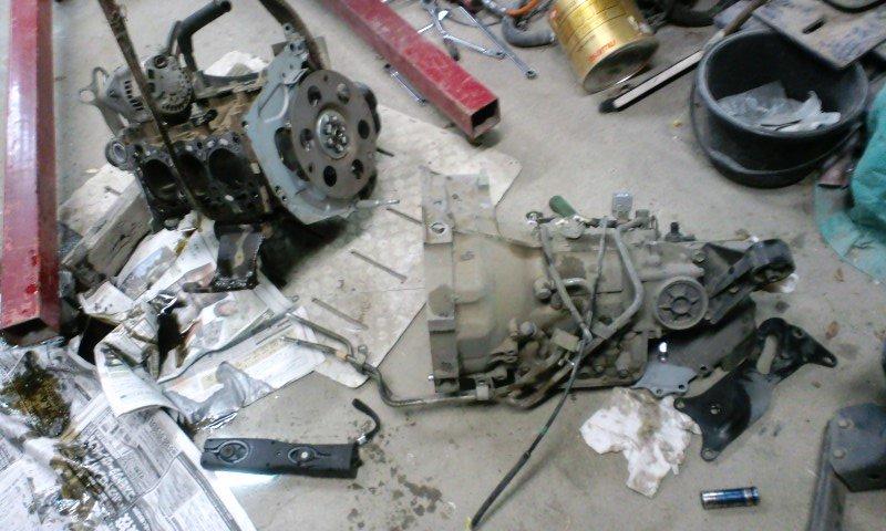 S320V_engine_nosekae06.jpg