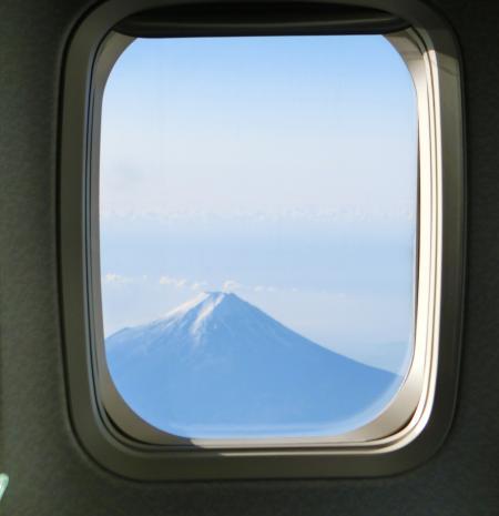 富士山 飛行機から 見えた