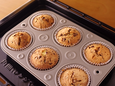 混ぜていくだけ簡単手順で本格マーブルチョコのカップケーキ08