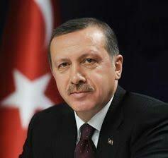 トルコ大統領「後悔の念」表明と...