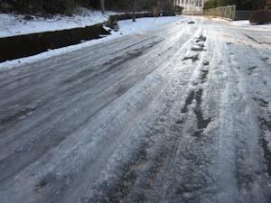 凍結路面20160126
