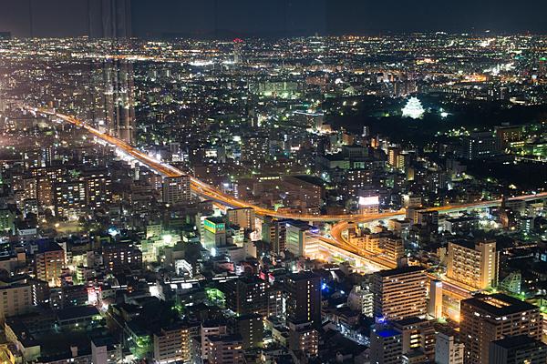 光の名古屋城