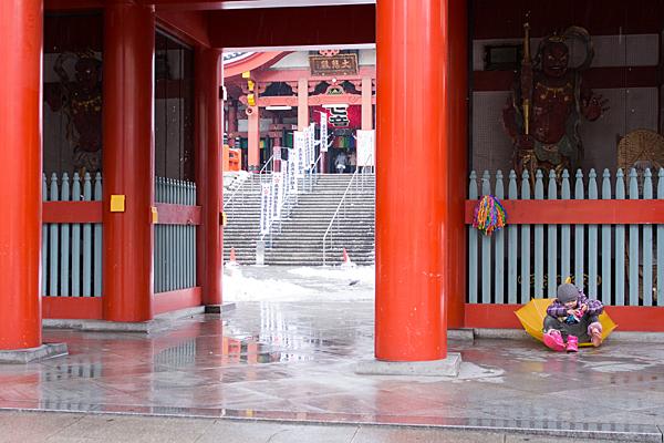 大須観音雪の日