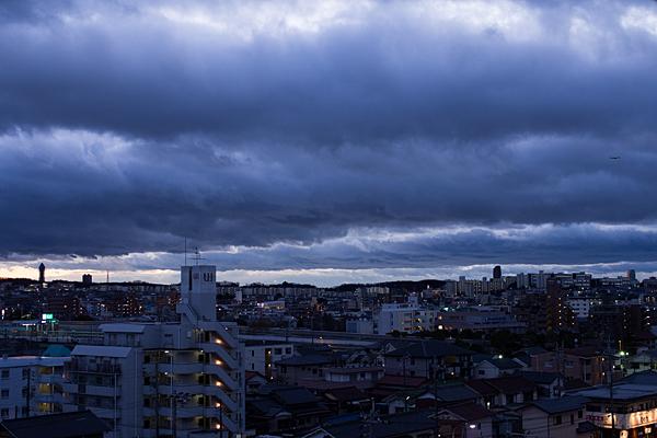 夕暮れの東山方面