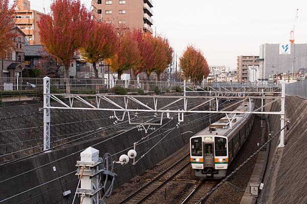 中央本線千種駅手前