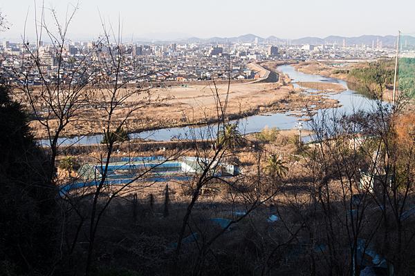 竜泉寺プール跡