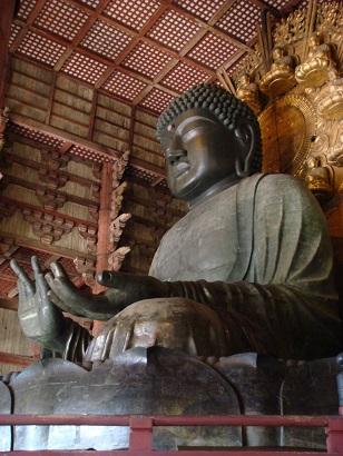 東大寺の本尊 盧舎那仏像