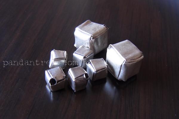折り紙型のカレン族シルバービーズ