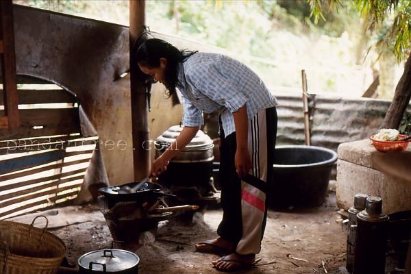 ラオスのお宅の台所