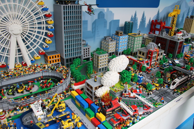 レゴ巨大ジオラマ