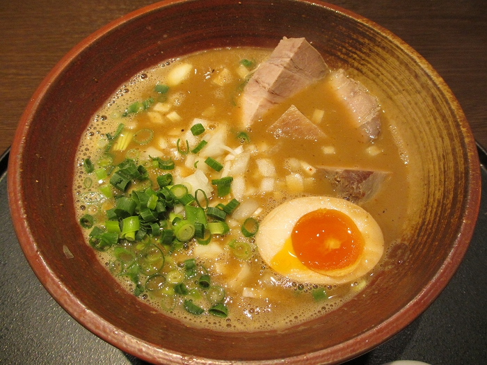 石黒 濃密白湯味噌